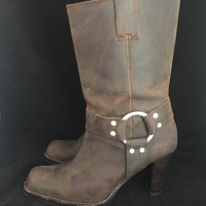 Michael Kors Distressed Cowboy Pull On Boots (7M)